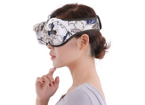 淘宝:眼部2联(精梳棉布套配防烫铜艾灸盒)赠品:10柱艾柱,2个艾绒垫,1张穴位图